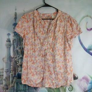 🍁 - L.L. bean floral button down shirt